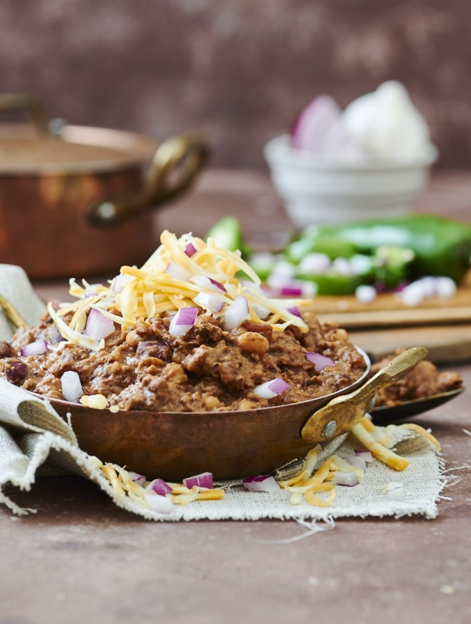 Ancho, Beef, & Bean Chili - A hearty chili packed with smokey ancho chili flavour!